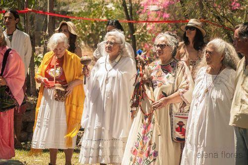 Abuelas at Opening Ceremony (Elena Flores photo)