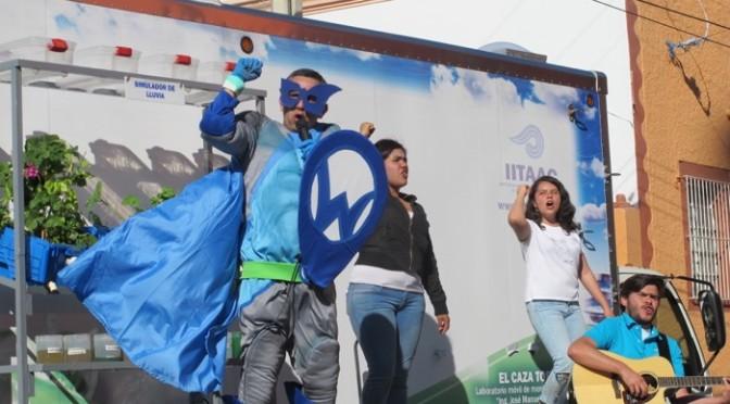'Waterman' viene a Ahuisculco para el Día Mundial del Agua