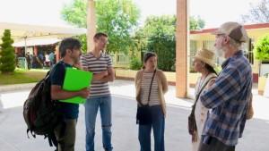 Iván Cazenave, izq., reune con Sebastián Agusíl Antonoff y Verónica Flores de Tibá, bioarquitecta Lourdes Malvido Alvarez y Guy Burgunder. (Tracy L. Barnett)